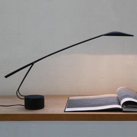 Dove Table lamp body in polycarbonate painted in black