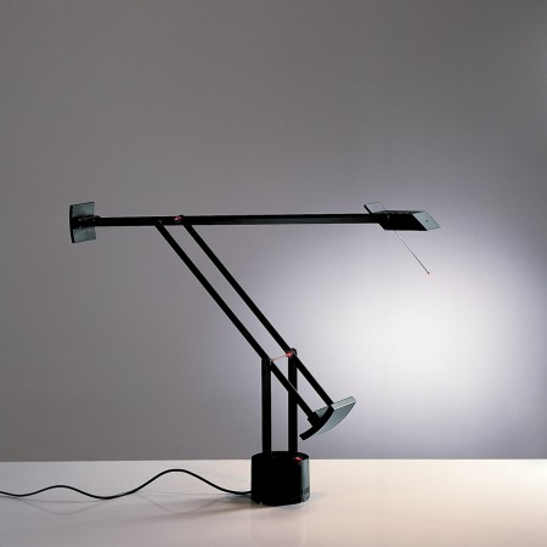 Lampe de table Tizio 35 en polycarbonate peint 35W GY6,35