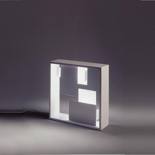 Fato lampada da tavolo struttura in lamiera 30W E14