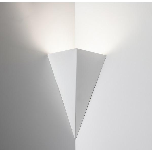 2396 Wall lamp angular in plaster