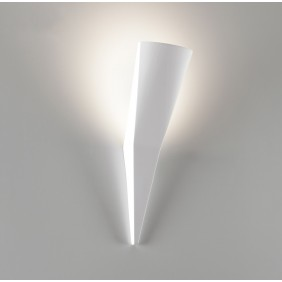 2476 Wall lamp in plaster...