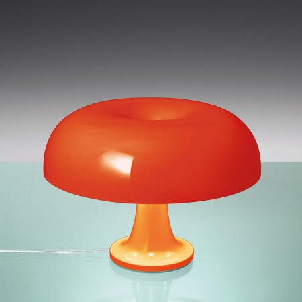 Lampe de table Nessino en polycarbonate 20W E14