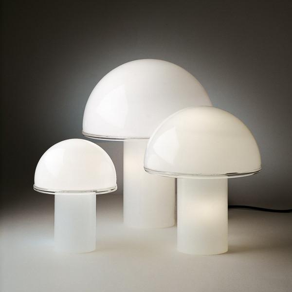 Onfale Piccolo lampada da tavolo in vetro soffiato opalino