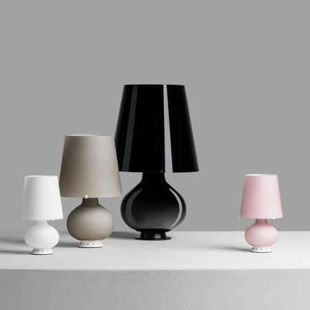 Fontana Medium Table lamp in frosted blown glass