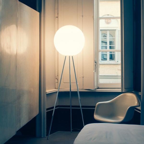 Prima Signora lampada da terra diffusore in vetro soffiato opalino bianco 205W E27