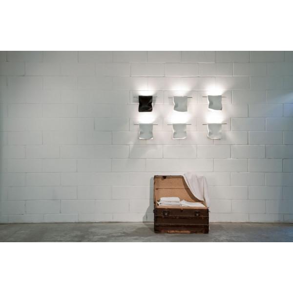 Stendimi P 20 lampada da parete in acciaio battuta a mano 60W G9
