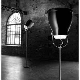 Smallbell Floor lamp in...
