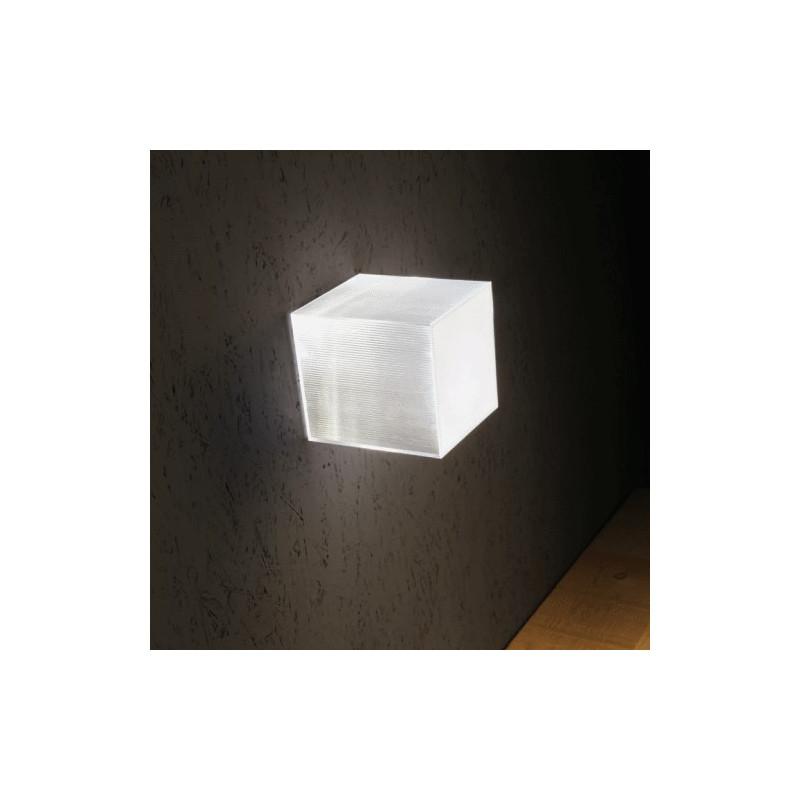 Beetle Mini Cube Wall/Ceiling lamp