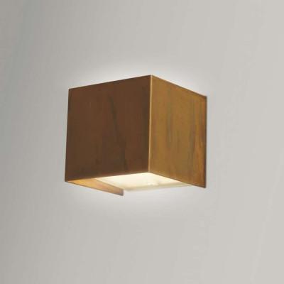 Lola 929/41 Wall lamp...